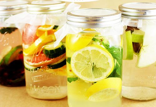 công thức làm detox nước trái cây