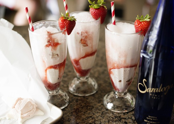 Soda kem dâu