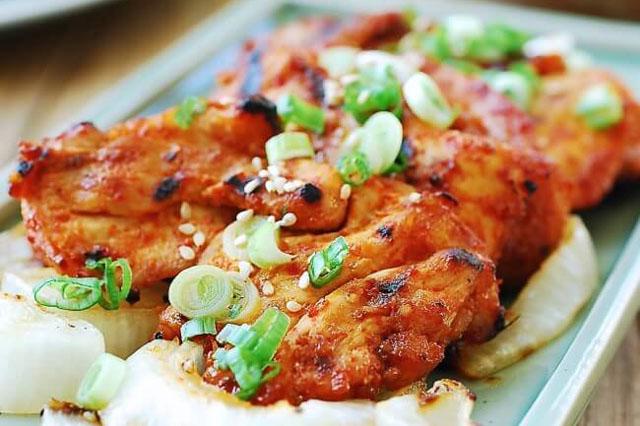 Gà nướng cay kiểu Hàn