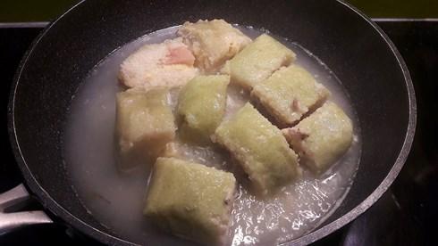 bánh trưng rán nước